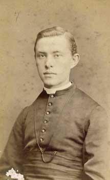 arnold-priester