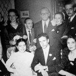 Huwelijksfoto van Emiliana van Wersch-Herrera met Camilo Soffia Villalon.  Rechts van Camilo zit de moeder van de bruid: Emiliana van Wersch (1897-1997) Links staat Aloys te midden van Elisabeth (r) en Josephina (l).