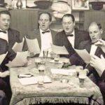 1971: Jacques van Wersch, helemaal rechts, dirigeert zijn dubbelmannenkwartet Champino's