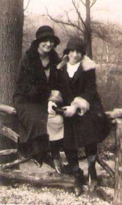 1931: Marianne met haar nichtje Cara van Wersch